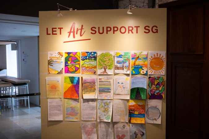 National Gallery Singapore encourages the public to leave creative notes of encouragement to healthcare workers via Words That Count.